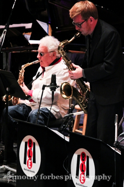 Lee Konitz and Brad Linde, saxophone